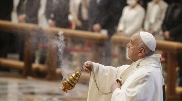 El Papa aprobó nuevas normativas para evitar contratar a 'corruptos' en Vaticano. Foto: EFE