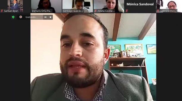 La Comisión de Mesa durante la reunión virtual de este 29 de abril del 2021. Foto: captura