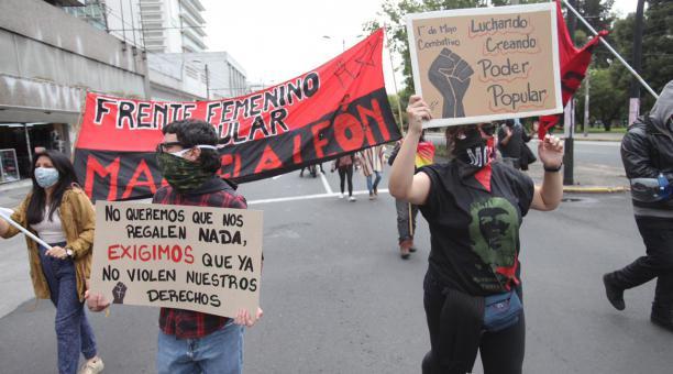 Dirigentes del FUT y trabajadores realizaron una marcha en Quito el 30 de abril del 2021 para conmemorar el Día Internacional del Trabajador. Foto: Julio Estrella/ EL COMERCIO
