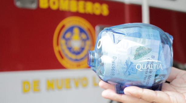 Los Bomberos de Nuevo León buscan a una niña que les donó sus ahorros, para enfrentar la crisis que atraviesa la organización por la pandemia. Foto: Twitter Bomberos de Nuevo León