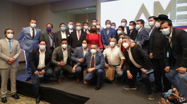 El presidente electo, Guillermo Lasso, tuvo actividad pública el pasado martes, en una reunión con los alcaldes. Foto: Cortesía