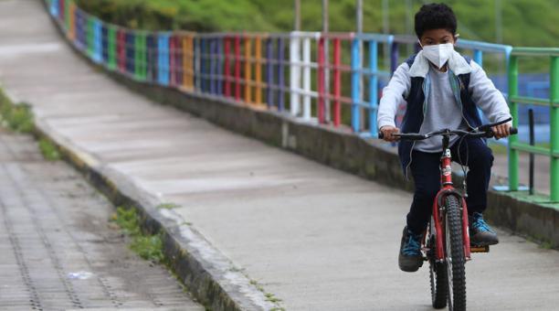 Mateo Alejandro Méndez Becerra tiene 8 años. Foto: Vicente Costales / EL COMERCIO