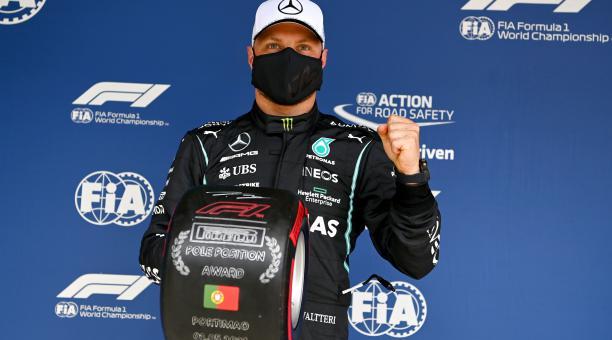 Valtteri Bottas (Mercedes) saldrá primero este domingo en el Gran Premio de Portugal. EFE