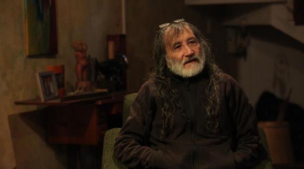 El cineasta Pocho Álvarez, durante su diálogo con EL COMERCIO. Foto: Julio Estrella / EL COMERCIO