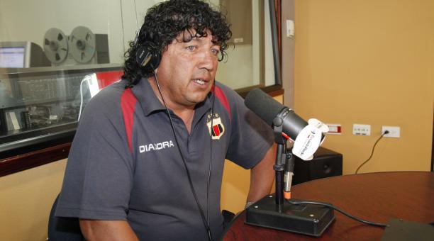 José Luis Ordóñez durante una entrevista radial, en el 2011. Foto: Archivo El Comercio
