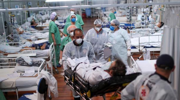 Un hospital con pacientes covid-19 en Brasil. Foto: REUTERS