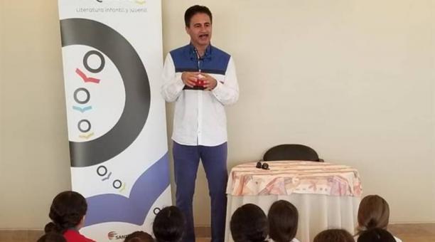 Édgar Allan García fue invitado al proyecto como tutor para trabajar con estudiantes. Foto: cortesía OEI y Édgar Allan García