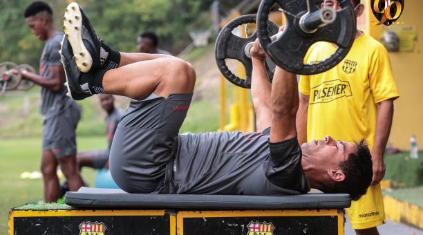 Matías Oyola en un entrenamiento de Barcelona. Tomado del Tuiter de Barcelona @BarcelonaSC