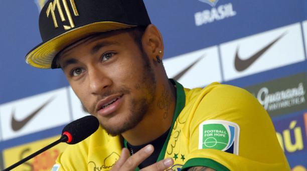 Neymar durante una rueda de prensa, el 10 de julio de 2014. Foto: AFP