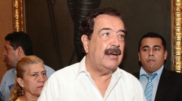 El alcalde Jaime Nebot ratificó que se realizará una consulta popular sobre el incremento en pasajes. Foto: EL COMERCIO