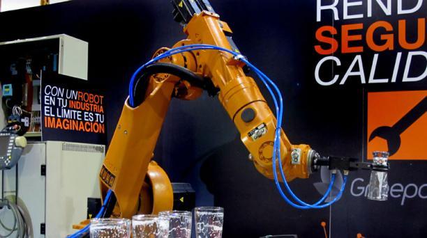 La firma DA&C modifica brazos robóticos para realizar tareas industriales. Foto: Andrés Jaramillo/ EL COMERCIO.
