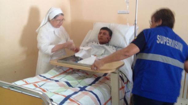 Cuatro heridos del accidente en el Coca-Codo Sinclair están en el hospital Corazón Inmaculado de María. Foto: Eduardo Terán / EL COMERCIO