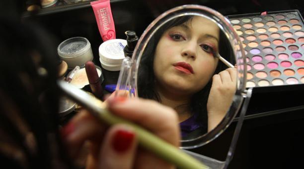 El maquillaje Byojaku Face (cara enfermiza) ha ganado popularidad en Japón. Su objetivo es provocar compasión y necesidad de protección en las demás personas.