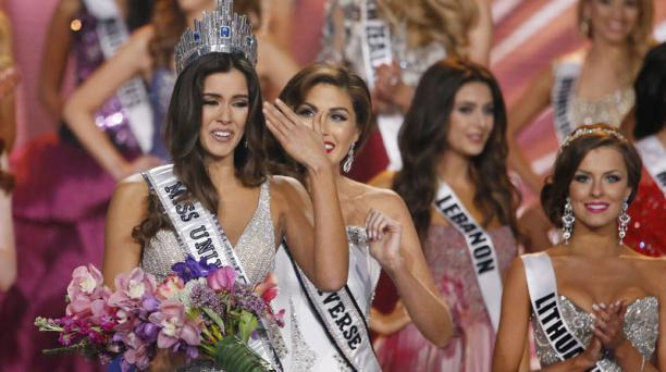Miss Colombia, Paulina Vega, se llevó la corona de la mujer más bella. Foto: AFP