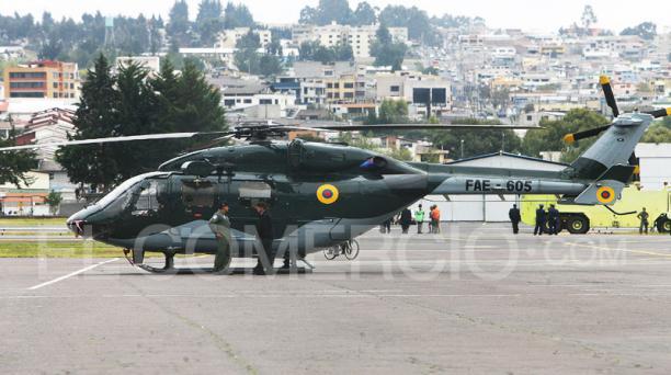 El helicóptero Dhruv FAE 605 En un desfile militar en la Base Aérea Mariscal Sucre, en el 2009. Foto: Archivo / EL COMERCIO
