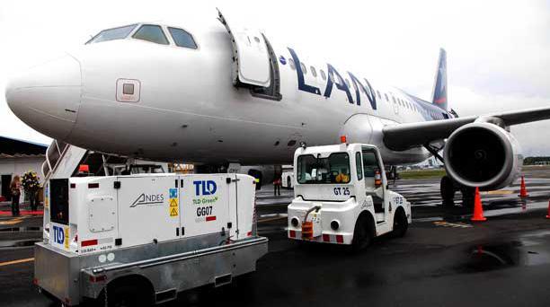 LAN presenta nuevo avión que se integra a la flota A-319 para operar la nueva frecuencia a Galápagos (Baltra). Foto: Mario Faustos / El Comercio.