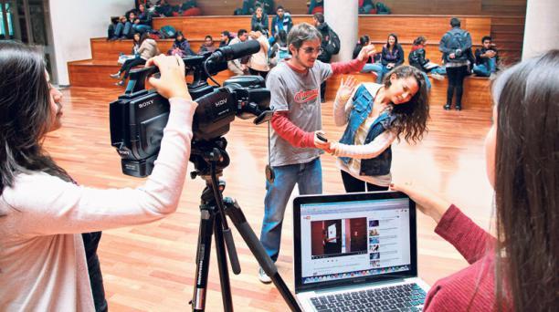 Estudiantes de la UDLA presentaron un video en el Festival de cine Romper barreras 2015. Foto: Foto: Eduardo Terán / EL COMERCIO