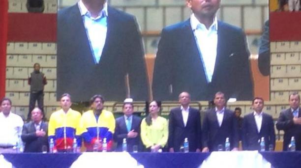 Los transportistas del Ecuador se reunieron con las autoridades. Foto: Pavel Calahorrano/ EL COMERCIO.
