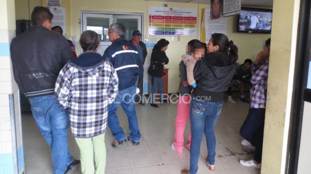 Cerca de 300 personas resultaron afectadas. De ellas 120 fueron atendidas en el centro comunitario y 140 fueron transferidas a los hospitales públicos. Foto: Cristina Márquez/ EL COMERCIO.