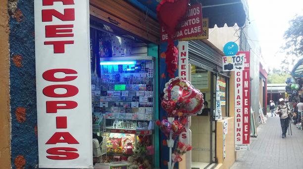 Tiendas de Quito ofrecen regalos para San Valentín. Foto: EL COMERCIO