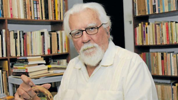 Miguel Donoso Pareja (1931 -2015) es un referente de las letras del país. Foto: Archivo/ EL COMERCIO