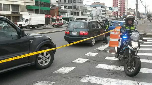 Calle José Correa cercana al estadio Olímpico Atahualpa se encuentra cerrada. Foto: Paúl Rivas / EL COMERCIO