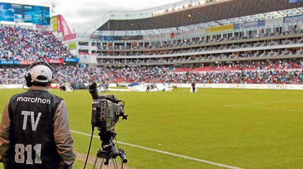 Los derechos de TV generan ingresos millonarios. En Sudamérica, produjeron USD 707,1 millones, en el 2015. Foto: Archivo / EL COMERCIO
