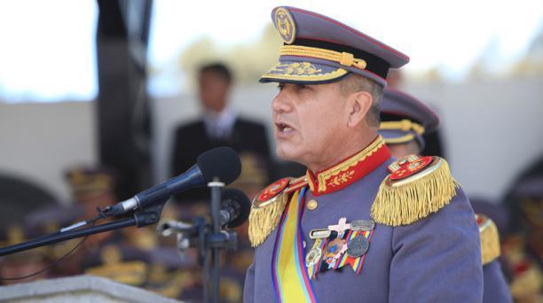 El general de División Luis Castro, comandante de la Fuerza Terrestre, en su discurso del 10 de agosto en la Esmil. Foto: Julio Estrella /EL COMERCIO