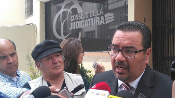 El fiscal Franklin Bravo reformuló cargos contra el exgerente de Petroecuador este 10 de agosto del 2016. Foto: Fiscalía