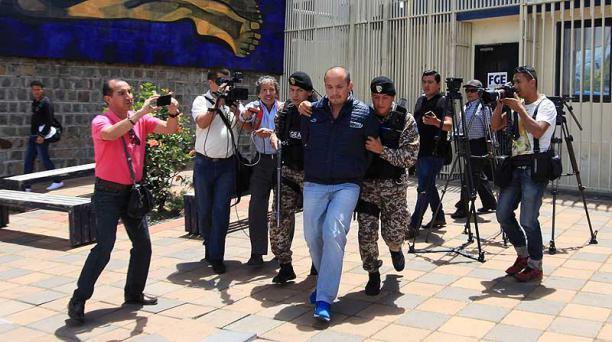 El lunes, Álex Bravo rindió su versión por el proceso penal abierto por cohecho contra Javier y Jaime Baquierizo. Foto: Julio Estrella / EL COMERCIO