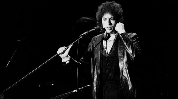 Bob Dylan es un poeta que se enmarca dentro de la tradición literaria estadounidense. Su obra se estudia en las academias para entender este paso de la canción a la literatura.