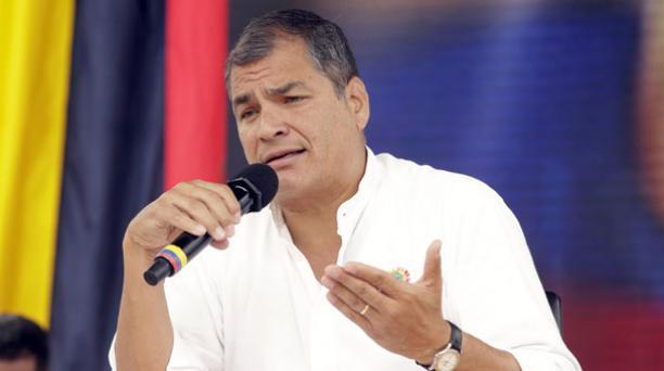 El Enlace Ciudadano 496 se realizó en el Estadio de la Liga Barrial La Tola y fue dirigido por el presidente Rafael Correa. Foto: Flickr/ Presidencia de la República.