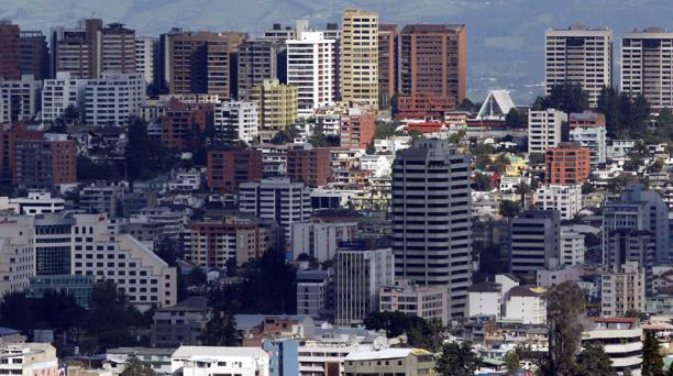 El Municipio realiza la inspección del inmueble y define el nuevo avalúo. Foto: Archivo EL COMERCIO