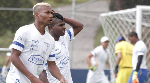 Bryan Cabezas y Wilter Ayoví serán titulares en el juego de esta noche ante Uruguay en el Atahualpa.