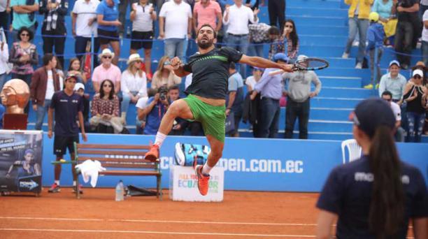 Víctor Estrella ganó por tercera ocasión el ATP 250 Ecuador Open. Foto: Diego Pallero/ EL COMERCIO