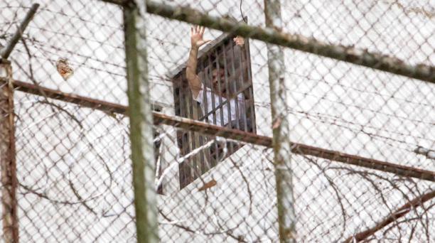 Leopoldo López asegura que antes de su detención fue instado a abandonar el país por el chavismo. Foto: EFE
