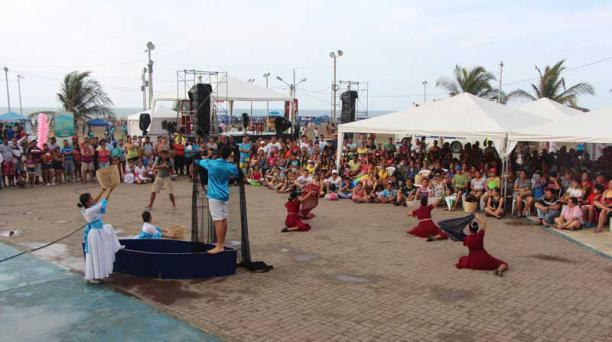 El Carnaval es una fiesta que combina tradiciones mestizas, indígenas y afro en diferentes ciudades del país. Foto: EL COMERCIO