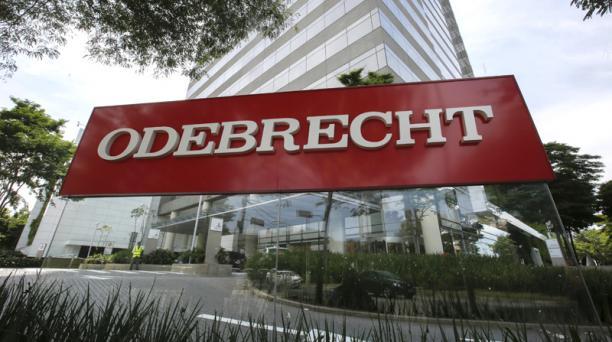 Según el Departamento de Justicia de Estados Unidos, Odebrecht habría pagado USD 33,5 millones a funcionarios en Ecuador para adjudicarse obras. Foto: EFE