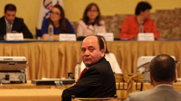 Foto: julio estrella / el comercio CarlosBaca rindió ayerla prueba final dentro del proceso de seleccióndel nuevo Fiscal.