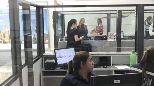 Las autoridades de Migración de Ecuador retuvieron a la venezolana Lilian Tintori y no la dejaron salir del aeropuerto de Guayaquil. Foto: Twitter Lilian Tintori