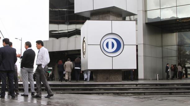 El superintendente de Bancos, Christian Cruz, dijo que Diners Club decidió operar como un banco. Foto: Archivo/ EL COMERCIO
