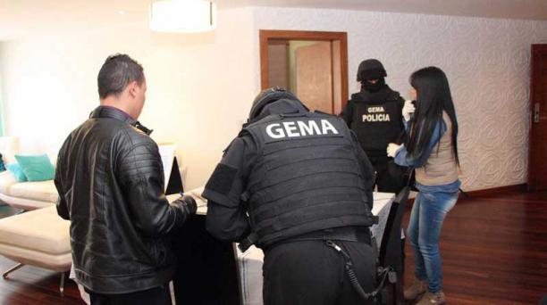 La Fiscalía allanó este 24 de agosto del 2017 las oficinas del Sai Bank, investigado por presuntamente pagar sobornos a funcionarios públicos coimados por Odebrecht. Foto: Cortesía Fiscalía