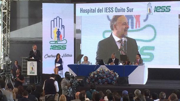 Richard Espinosa participó este 5 de diciembre del 2017 en la inauguración del Hospital del Seguro Social en el sur de Quito y puso a disposición su cargo como presidente del directorio del IESS. Foto: Paúl Rivas/ EL COMERCIO