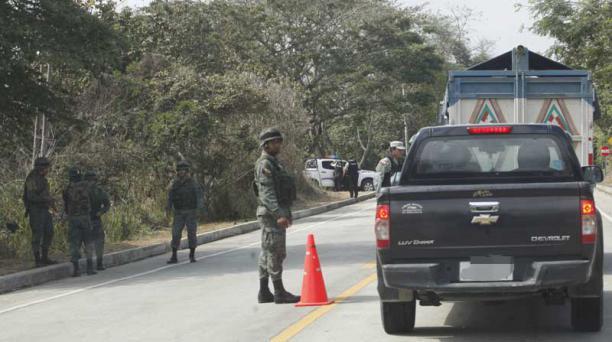 El jueves se desarrolló un operativo de control aduanero en las vías cercanas a la frontera con Perú. Foto: Vicente Costales / EL COMERCIO