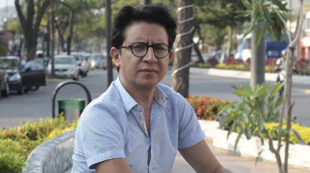 La reinvención poética de lo masculino marca un filón de la obra del artista ecuatoriano, que ofreció una charla en Guayaquil. Foto: Mario Faustos/ EL COMERCIO.