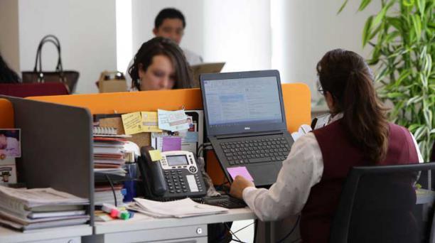Hay, al menos, 45 señales para identificar el acoso laboral. Foto: ARCHIVO / EL COMERCIO