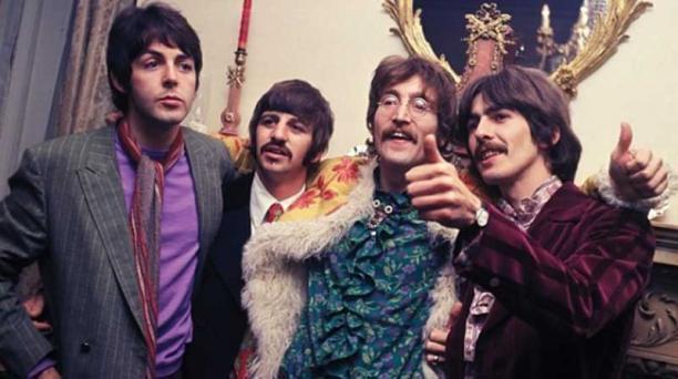 La canción Pepper's Lonely Hearts Club Band alcanzó el número uno en la lista de récord de ventas del Reino Unido en 1967. Foto: Instagram thebeatles