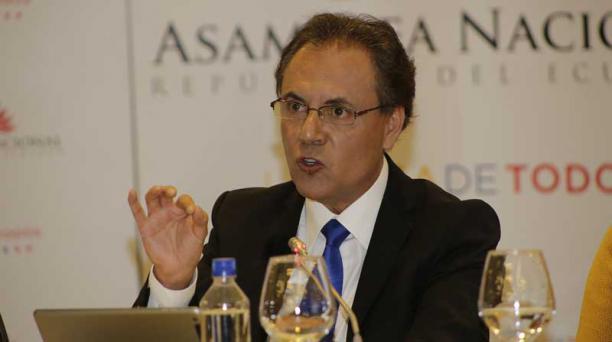 Carlos Ochoa acudirá al Pleno de la Asamblea el lunes 12 de marzo. Foto: Archivo / EL COMERCIO