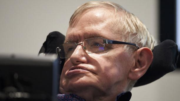 El fallecido científico Stephen Hawking deja un legado en el mundo de la ciencia con teorías que ayudaron a entender mejor cómo funciona el Universo. Foto: AFP.
