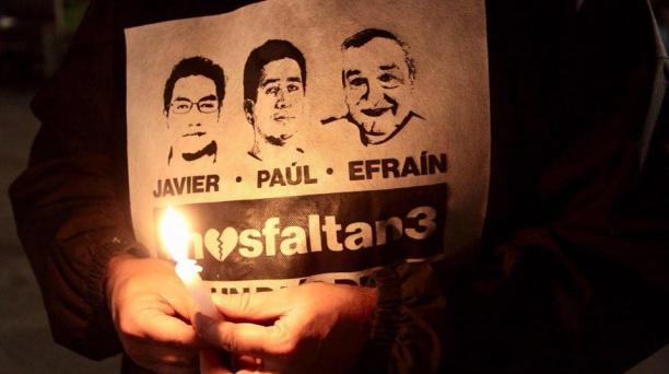 Desde que se conoció del secuestro del equipo periodístico se han realizado plantones en Quito. Foto: EL COMERCIO